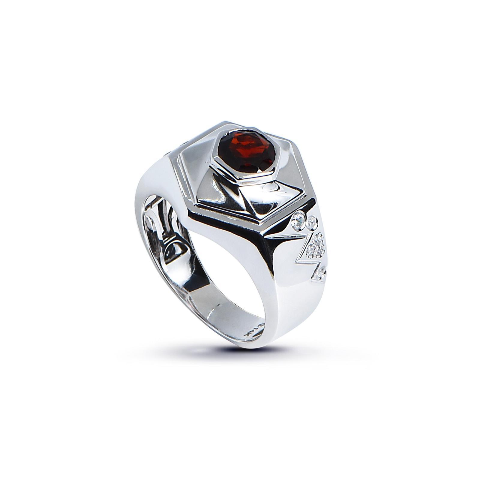 Nhẫn nam đá Garnet 20NN011.5TH